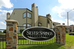 silver-springs-apartments-tulsa-ok-sign